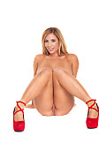 Tasha Reign Reign Of Fire istripper model